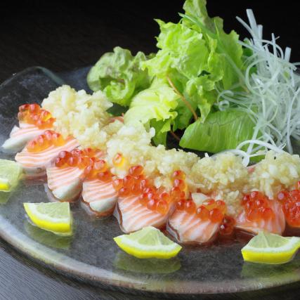 お刺身や焼き魚などの和食